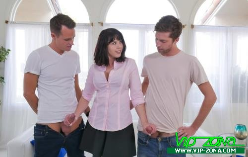Amber Chase - My stepbrothers are mean! (2017/FamilyStrokes.com/FullHD)